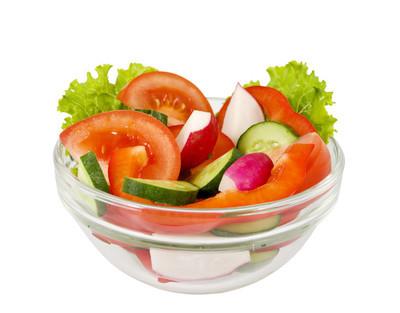 从白色的背景上蔬菜生菜