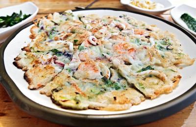 韩国风格的比萨Korejský styl pizza