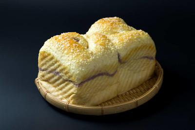芋头芝麻面包