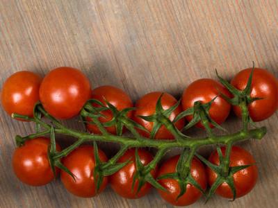 Vine Grown Cherry Tomatoes