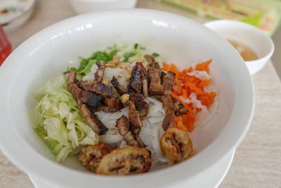 越南米粉与猪肉