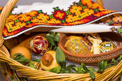 复活节彩蛋篮