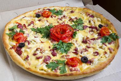 与装饰披萨