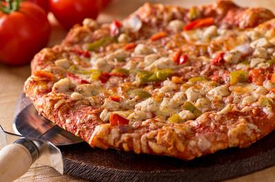烤的鸡肉披萨