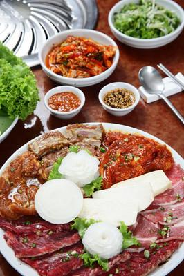 韩国料理: 烧烤烧烤套