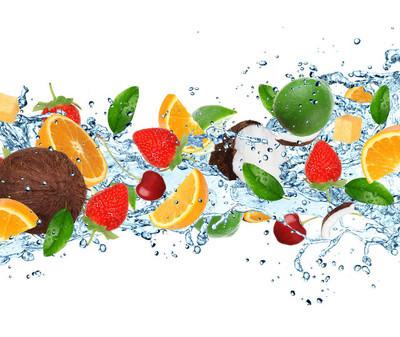 水果与泼水