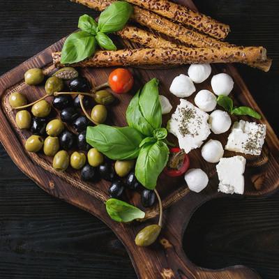 地中海的开胃菜盘子