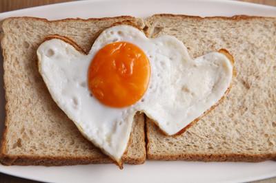 爱形状炒蛋