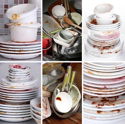 拼贴的脏盘子