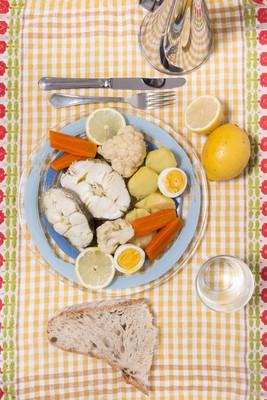 花椰菜和马铃薯鳕鱼