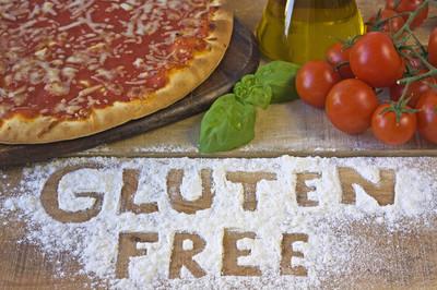 面筋免费的披萨上背景