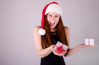 在圣诞节的女孩