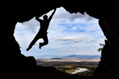 户外运动, 攀岩和探险