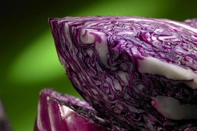 花椰菜暗绿色背景上