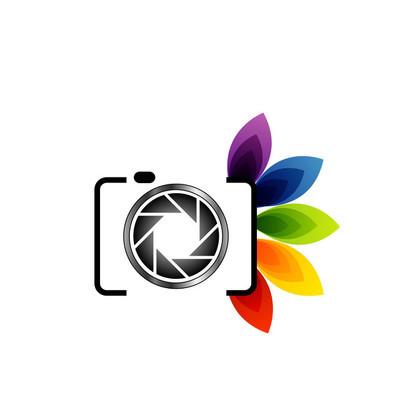 摄影 logo 与多彩的树叶