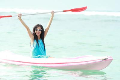 女人玩皮划艇
