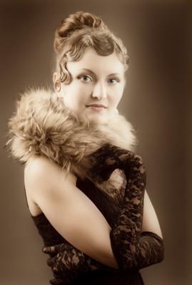 女复古复兴肖像