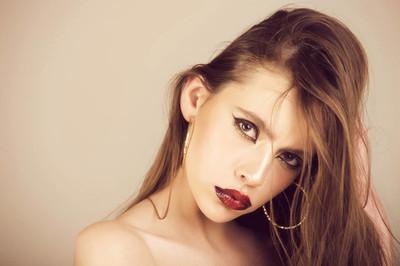 化妆品和护肤品
