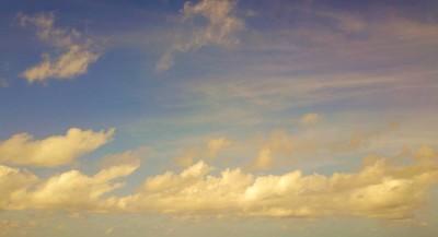 P02654 4 k 蓝色天空和白色的云朵美丽的大自然背景