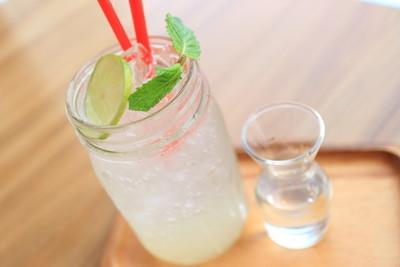 柠檬果汁清凉饮料