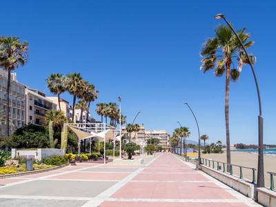 Strandpromenaden på estepona