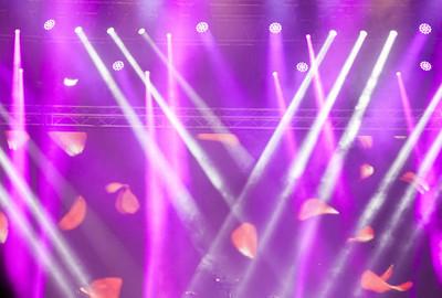 多彩的舞台灯光