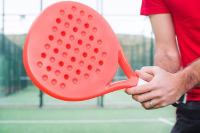 男子打桨网球
