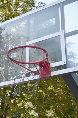 户外篮球篮板, 蓝天清晰