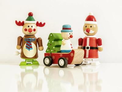 三圣诞人物驯鹿圣诞老人玩具图片