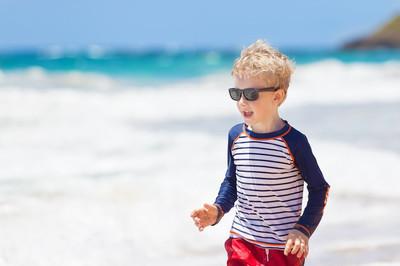 孩子在考艾岛