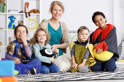 幼儿园组在服饰